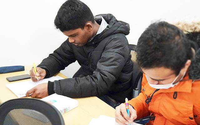 Sekilas tentang Program Sekolah dan Pedoman Pendaftaran